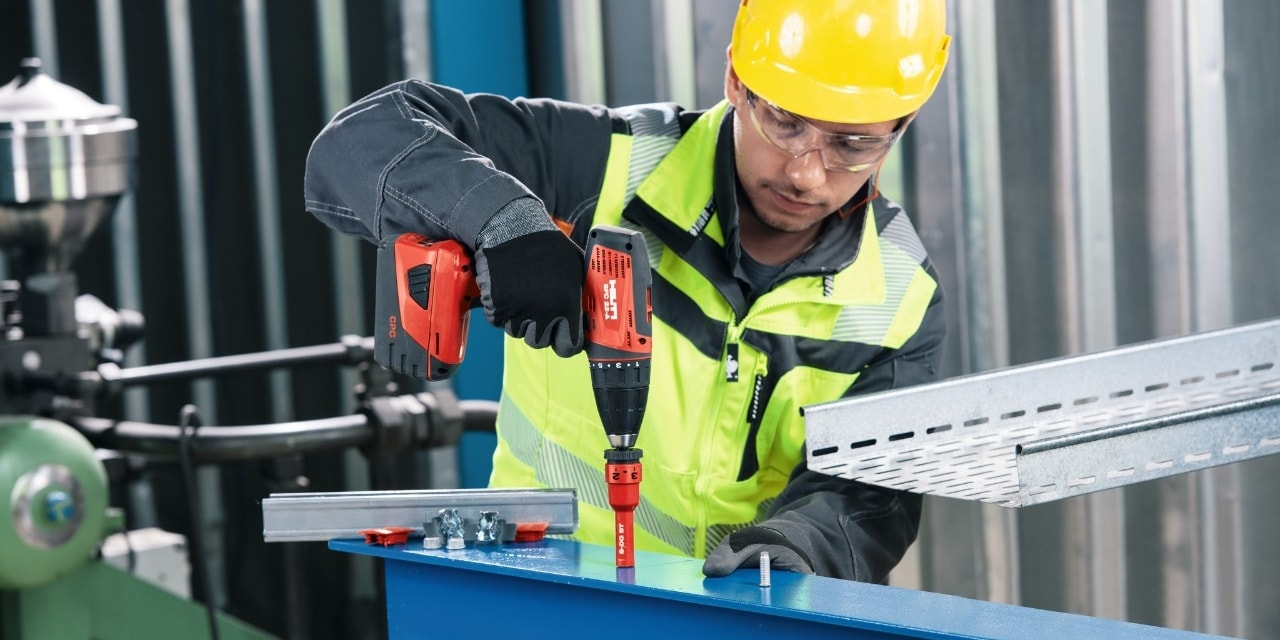 Fixing electrical elements to steel with Hilti direct fastening tools