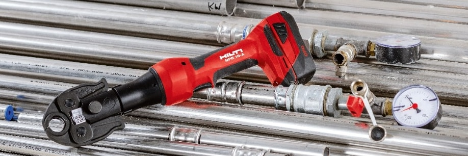 NPR 19-A cordless pipe press tool with batteries powerd by Cordless Power Care Technology
